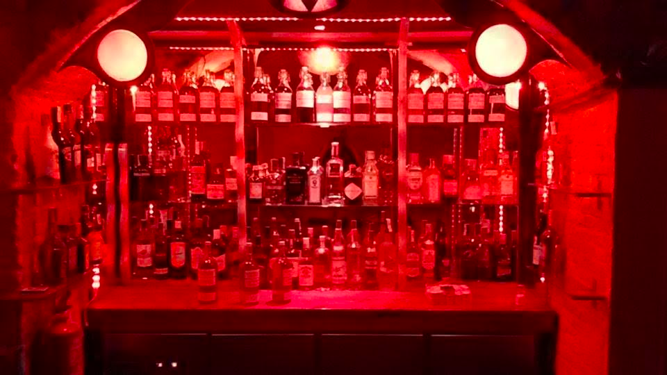 Con Dowler used red in a few of his bars to test pricing psychology lessons